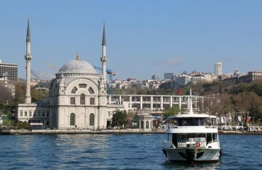 Istanbul-Along-Bosphorus-Cruise-Tour-in-European-side-of-Istanbul-Turkey