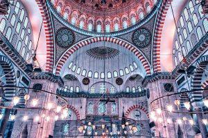 Istanbul-suleymaniye-mosque-in-istanbul