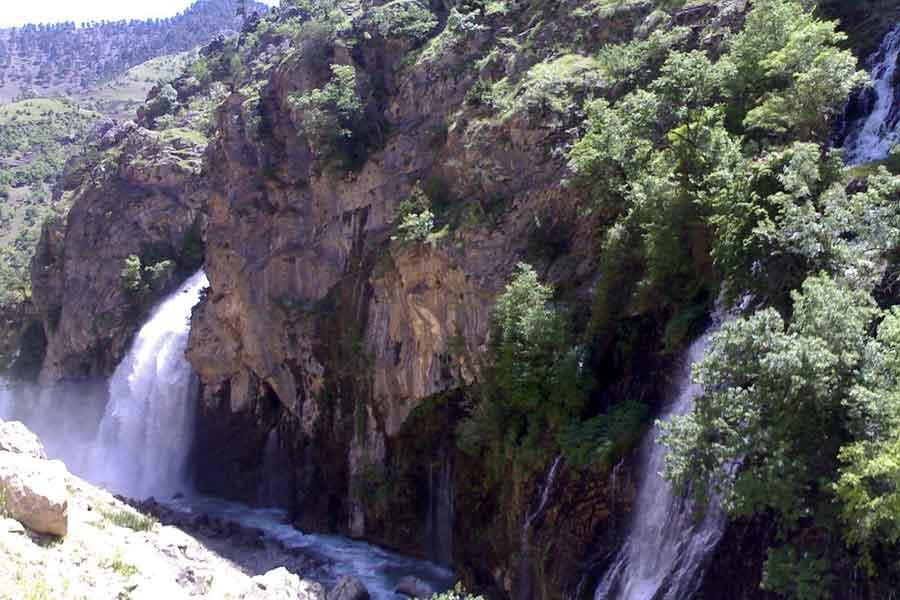 Karpuzbasi_selalesi_-_panoramio_-_cankurtaran_(1)