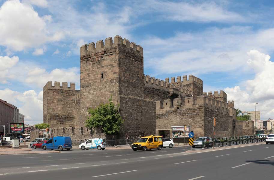 Kayseri-Fortress_of_Kayseri