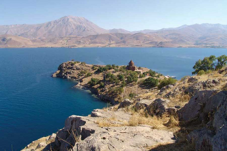 Lake-Van-Turkey