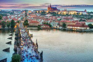 Prague1-Charles-Bridge