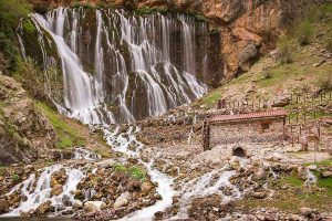cappadocia-kapuzbasi-waterfalls